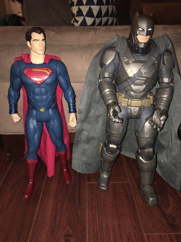 Batman vs Superman giant figures in Portsmouth, VA (sells for $20)