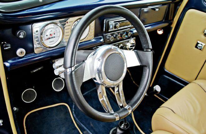 Flaming River FR20150 Black Waterfall Steering Wheel