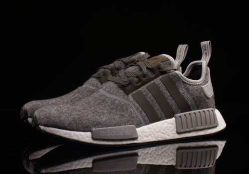 Adidas-Mens-NMD-R1-Nomad-bw0616-WOOL-CHARCOAL-GRAY-RUNNER-Boost-ultra-WINTER 976197eee5835