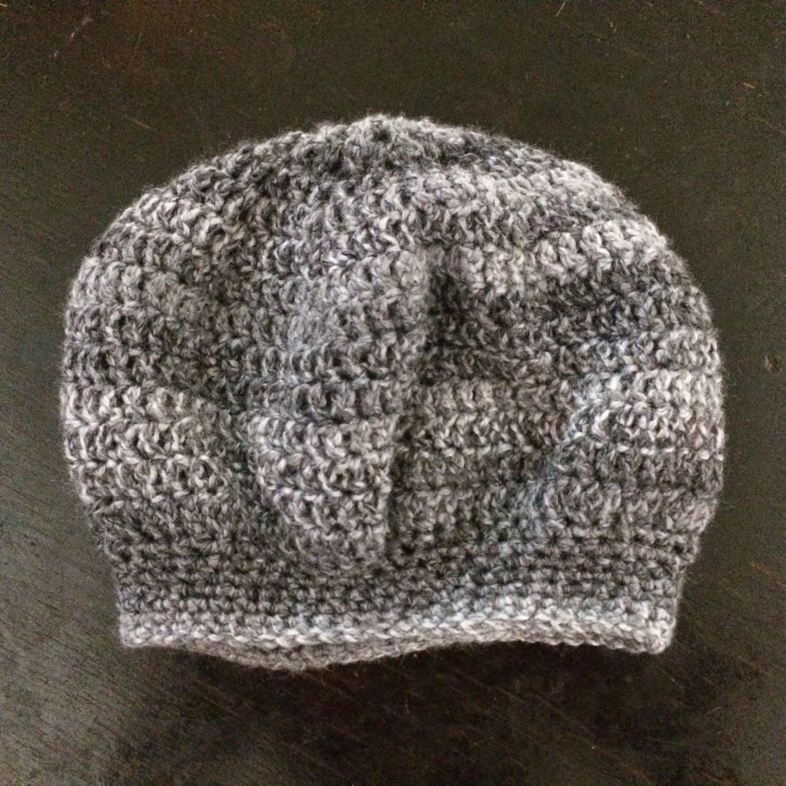 Adult Slouchy Beret / Beanie Hat - Free Crochet Pattern Finished hat ...