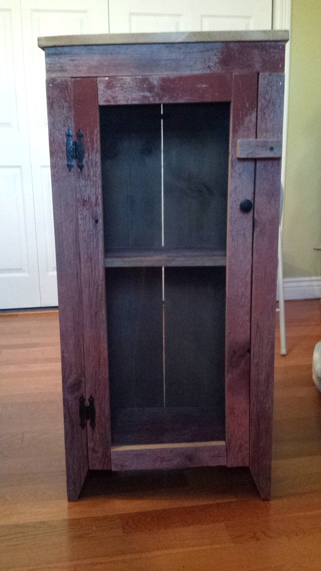 Rustic Red Barn Wood Cabinet For Sale Has Two Shelves Dimensions Are 40 75in Tall X 19 5in Wide X 10 25 With Images Barn Wood Cabinets Cabinets For Sale Locker Storage