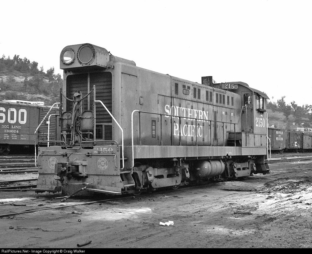 SP 2150 Southern Pacific Railroad Baldwin S12 at Los