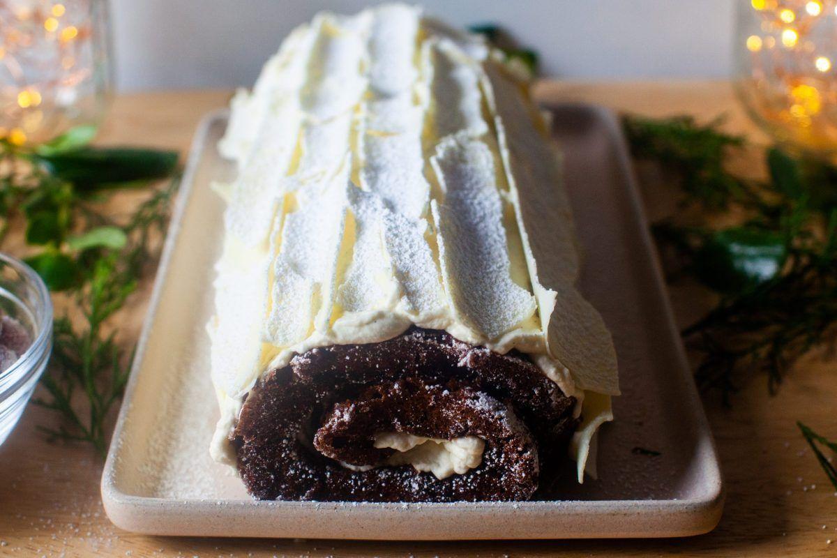 Gingerbread Yule Log Recipe In 2020 Christmas Food Delish Cakes How Sweet Eats
