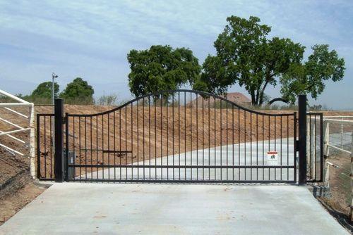 Iron driveway gates 16 39 single swing iron driveway gate for Single wooden driveway gates