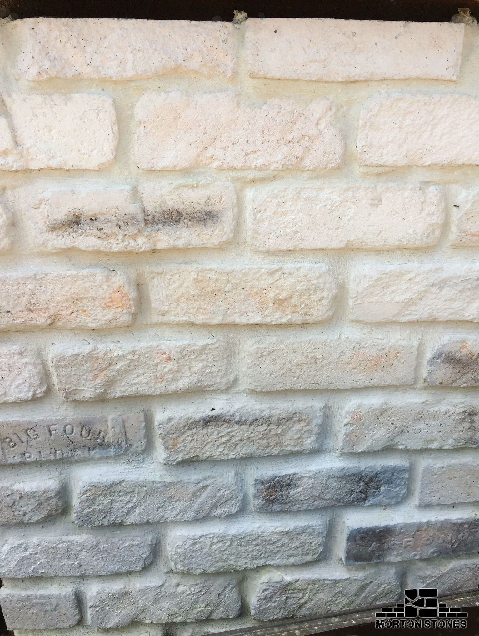 An Amazing Whitewashed Brick Veneer Wall Mortonstones Brick Tiles Rustic Thinbrick Home Decor Redbrick Brick Veneer Wall Brick Veneer White Wash Brick