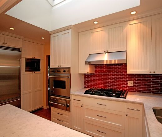 Red Kitchen Backsplash: White Kitchen, Red Backsplash = Dream