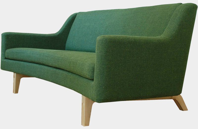 Sofa CJ4 is a unique sofa as it is one of very few sofas that is made entirely of natural materials. It is perfectly possible to place it in the middle of the room as it is designed to be beautiful from all angles.  Sofa CJ4 is made from hand-made, natural materials, steel springs, horsehair and flax batt, so you do not have to worry about chemicals such as flame retardants, petrochemical toxins or other hazardous substances.