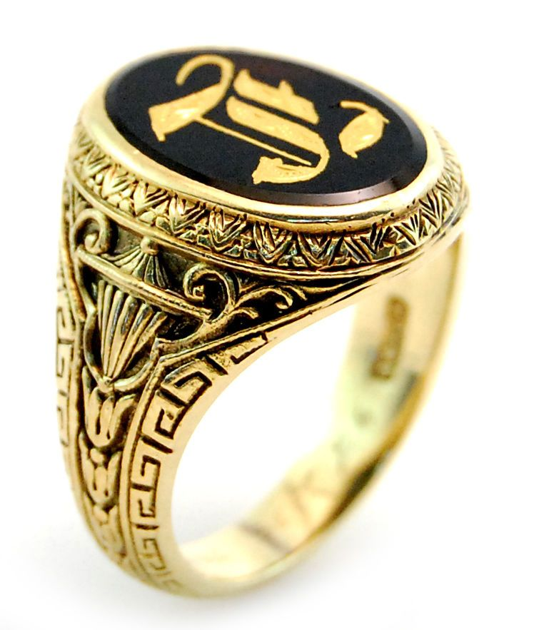 Vintage Engraved Gold Onyx Men S Signet Ring In 10k Yellow Gold Sz11