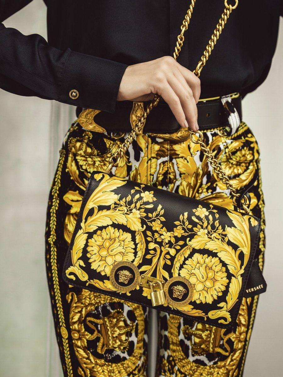 b029362d2cd4 Barocco with Barocco - The Versace Icon bag with the Barocco FW 91 print.