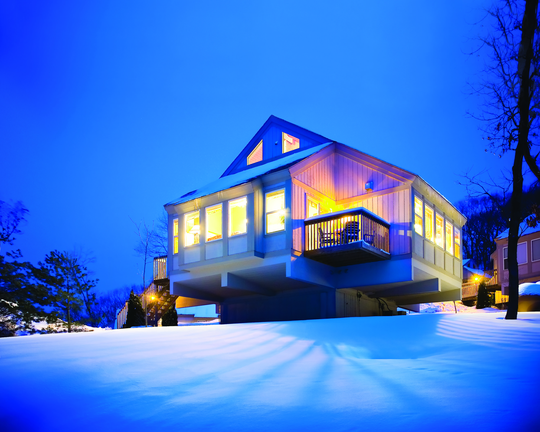 Enjoy a romantic getaway at Bluegreen Vacations Christmas
