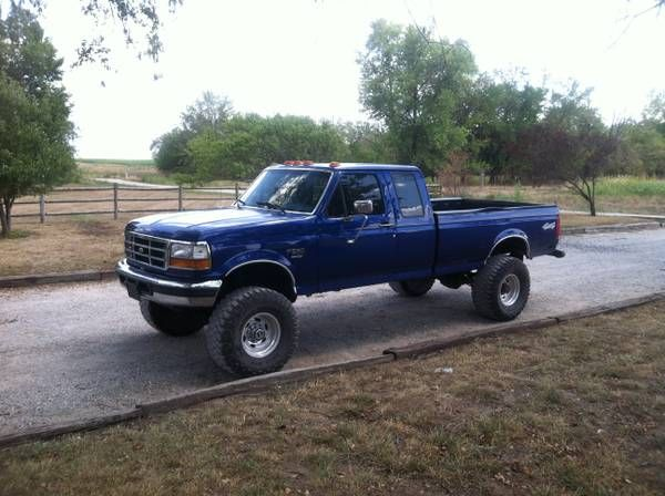 Make Ford Model F250 Year 1996 Body Style Pickup Trucks Exterior Color Blue Interior Color Blue Doors Two Door Veh Ford Pickup Trucks Ford Trucks Trucks