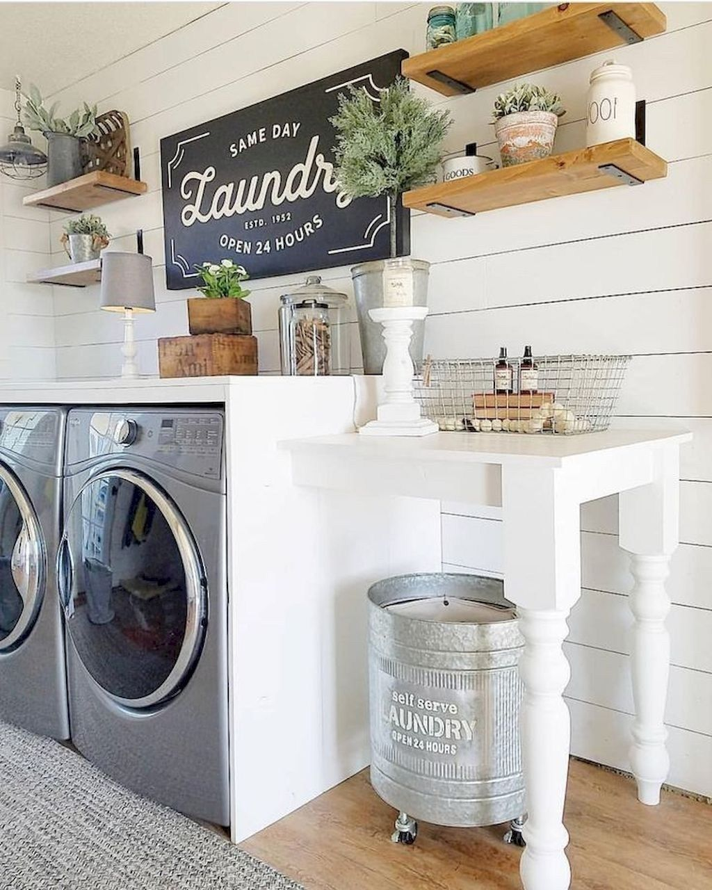 Best Small Laundry Room Decorating Ideas To Inspire You 29