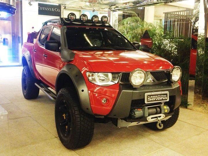 9323aea8d mitsubishi triton 4x4 | Pick-ups Surélevés | Carros legais, Veículos ...