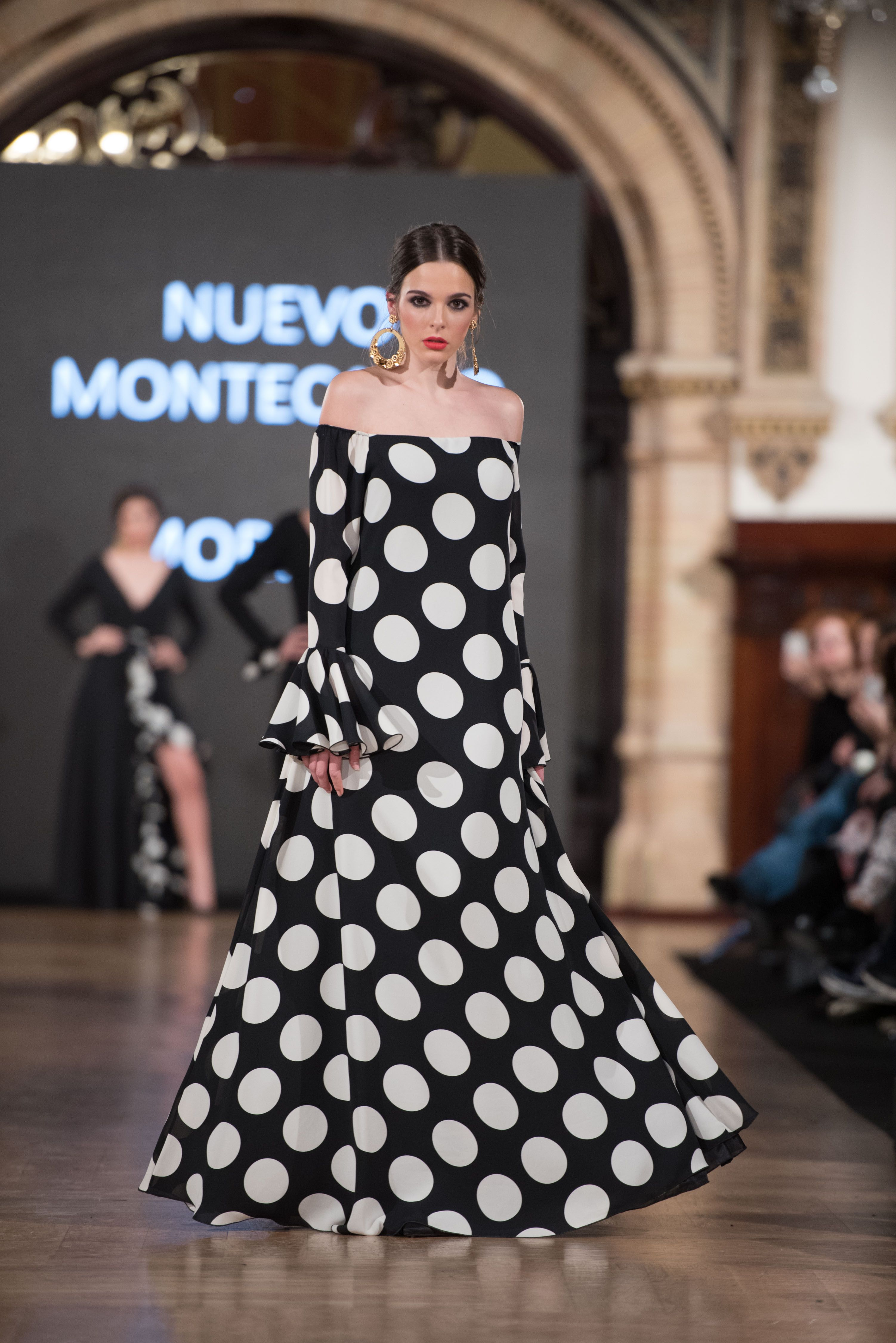 45fc423107d Mof   Art - We Love Flamenco 2018 - Sevilla Robes De Flamenco