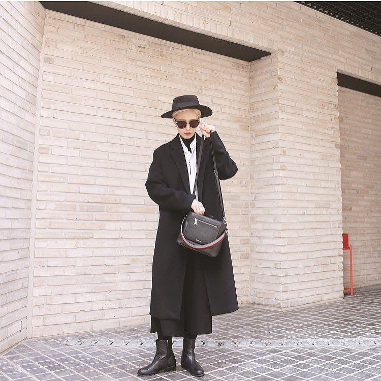 """미우민 on Instagram: """"전시회 보러 출도옹~❣"""""""