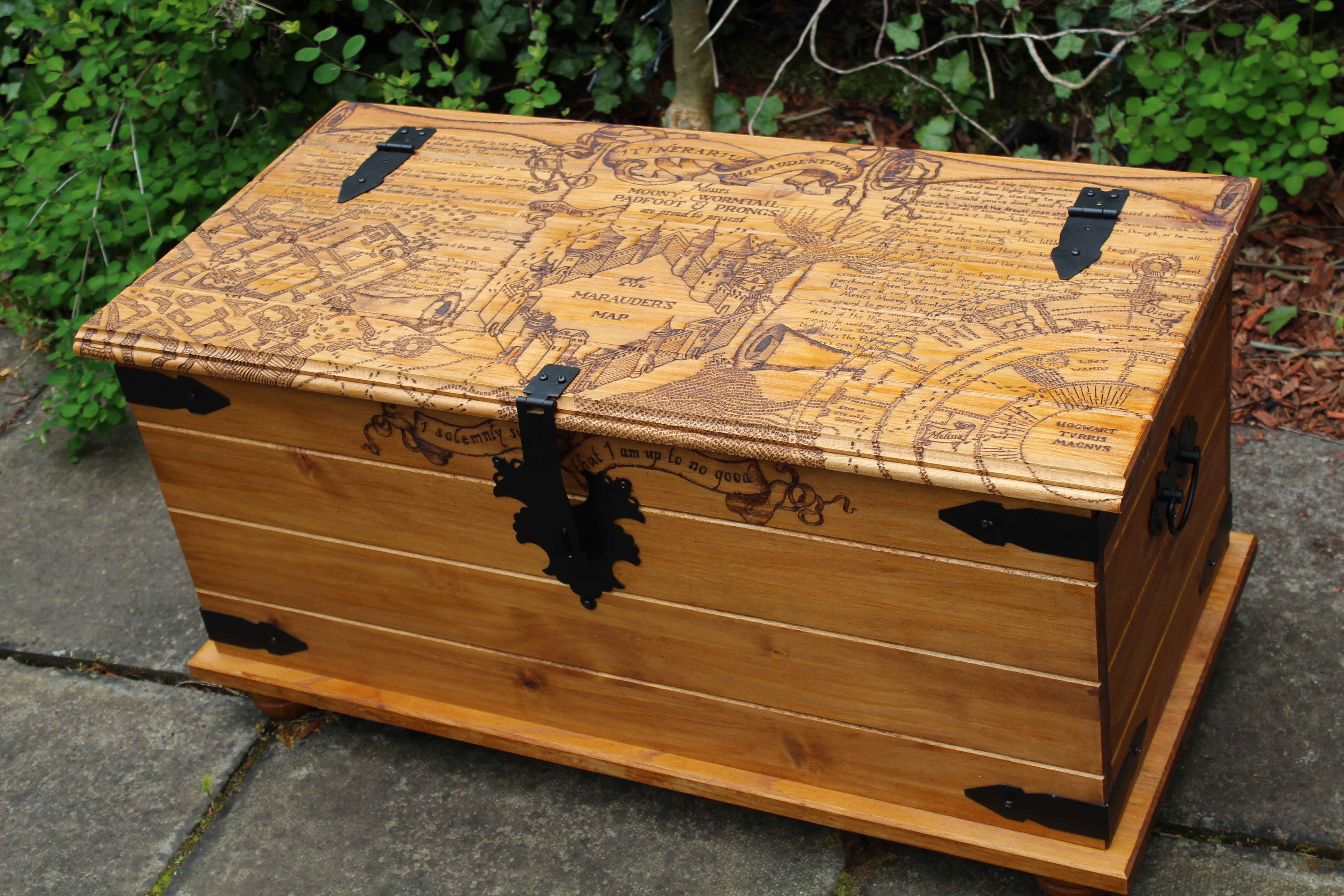 Harry Potter Coffee Table Trunk Lovely Gift For Hogwarts Fans Pine Wood Furniture Wood Diy Wood Burning [ 3456 x 5184 Pixel ]