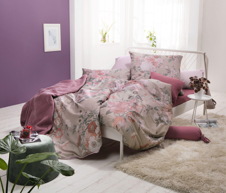 Zu Eine Kräftigen Wandfarbe Wie Lila Passen Zarte Farben