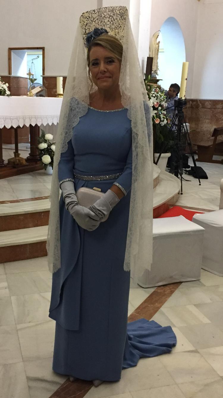 Más agudo peinados madrina boda Imagen de tutoriales de color de pelo - Madrina con mantilla   Mantillas madrina, Vestidos madrina ...