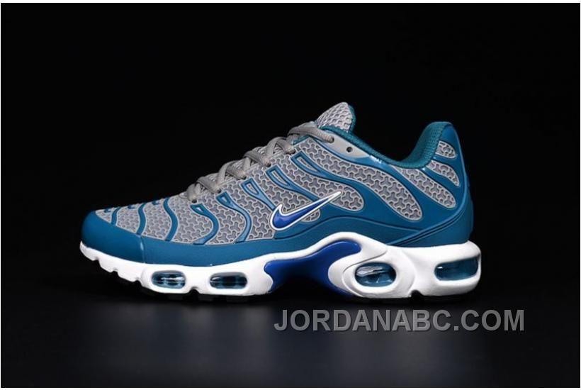 Pin by Kalifah Johnson on sneakers  5241b46b9