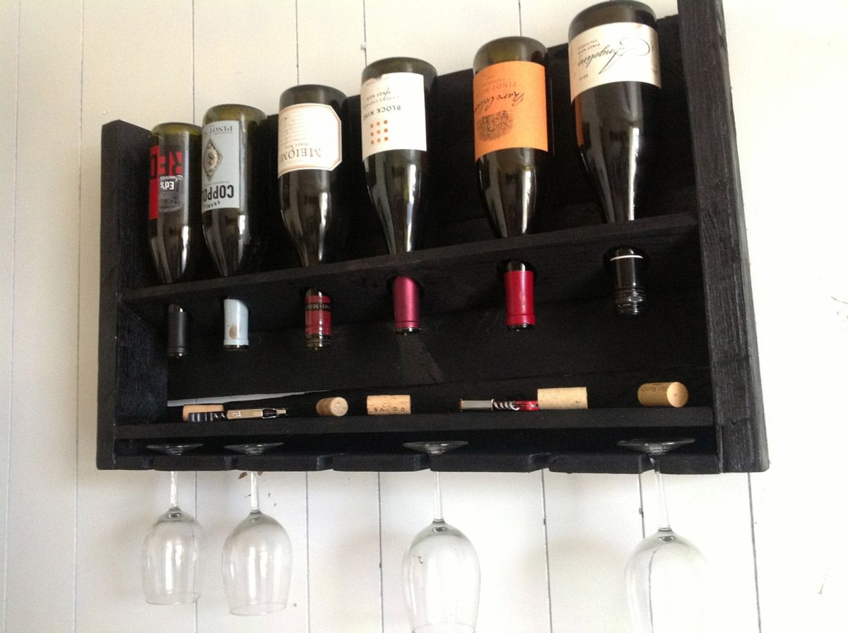 simplistic reclaimed wood wine rack izrada od drveta pinterest
