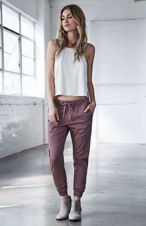 15 Outfits Que Sólo Unos Pantalones Joggers Te Darán How To Wear Joggers Best Casual Outfits Pants For Women