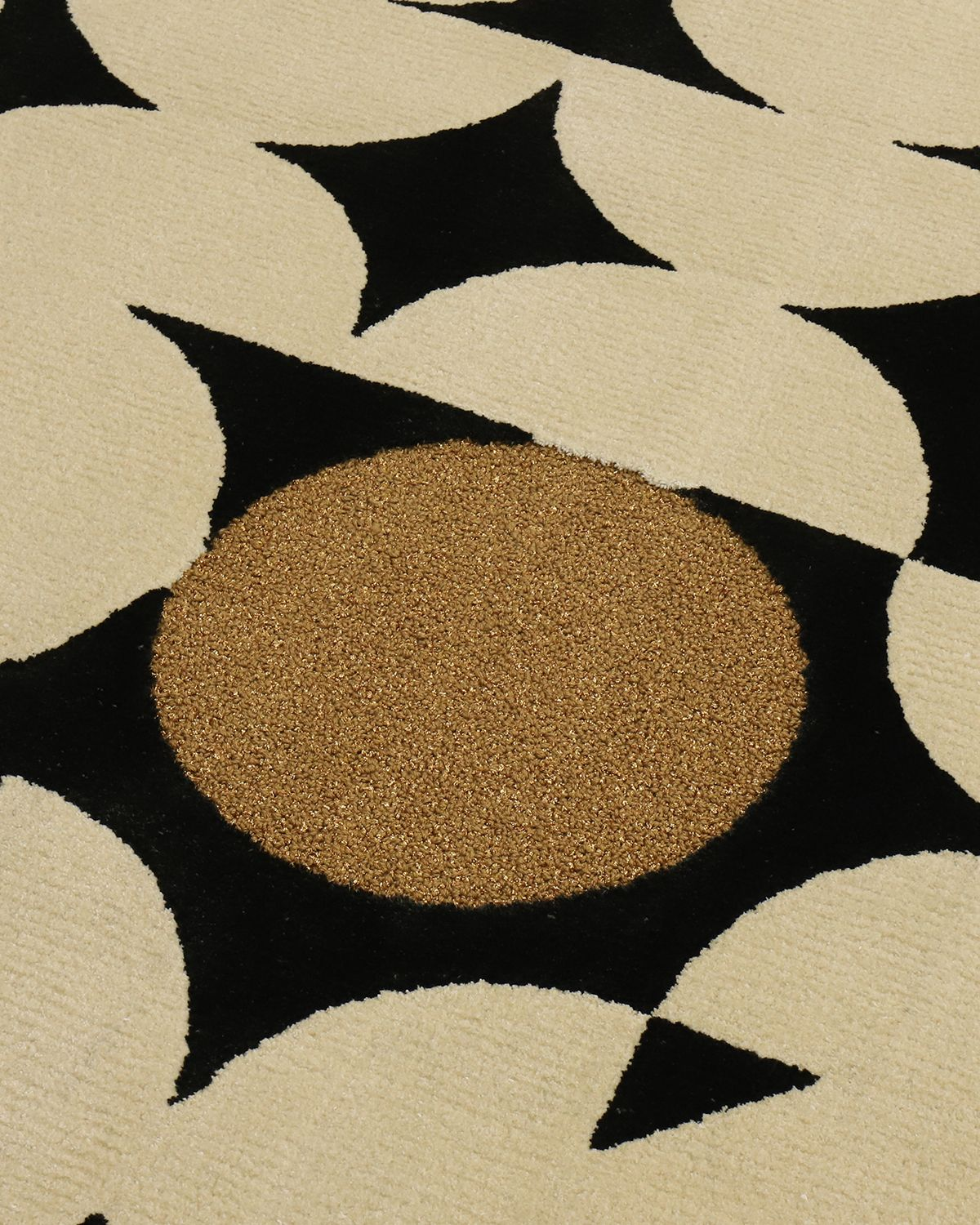 New Vibe Of Trends With The Fantastic Yarsa Rug
