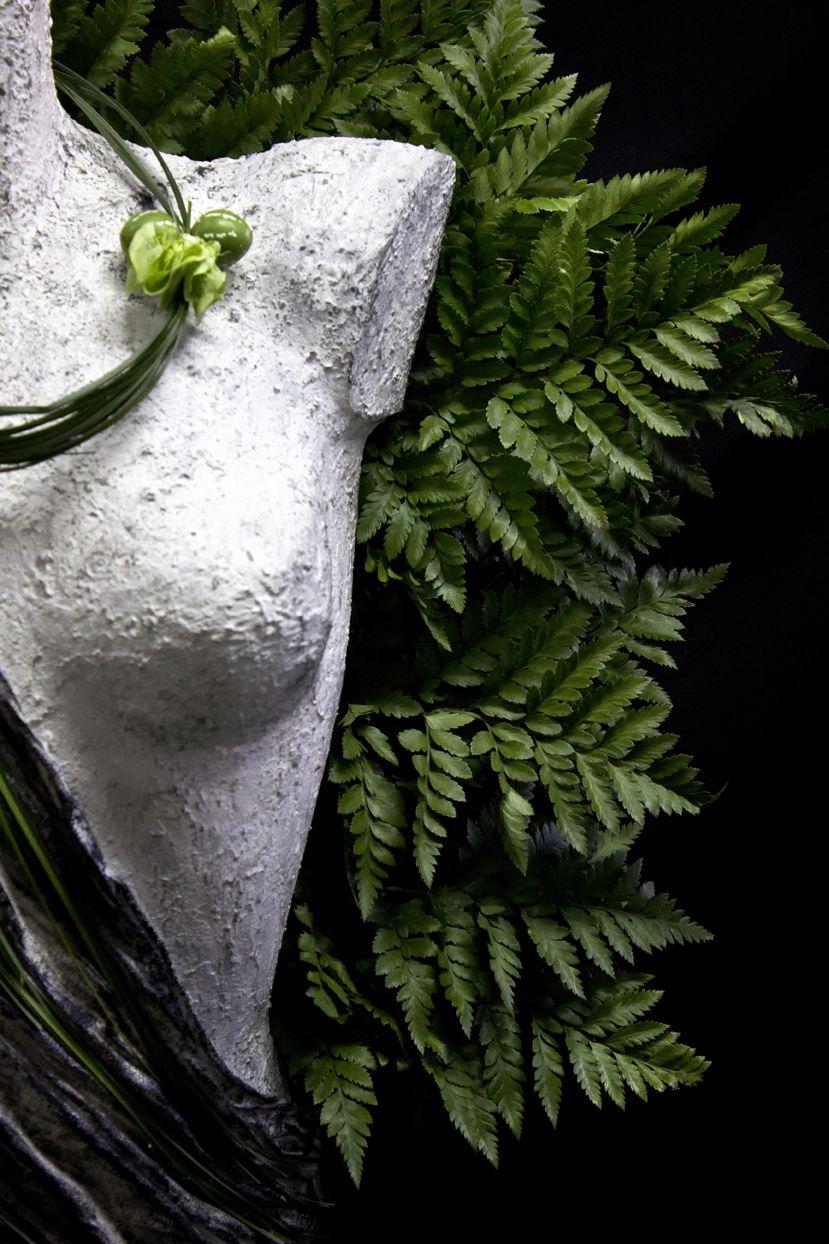 Pierros La Couture Des Fleurs meets The InspirArtes. Welcome to a new floral philosophy where art brakes all borders!!! By M.Florist Pierros!