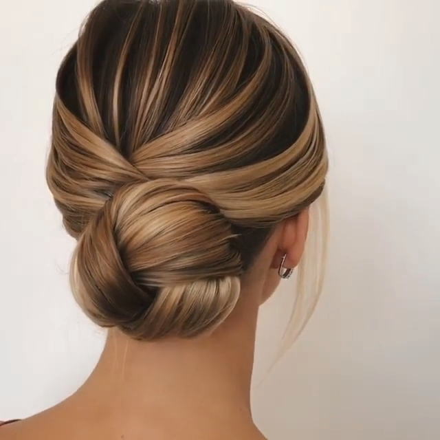 ¡Impresionantes ideas y tutoriales de peinado de bollo!