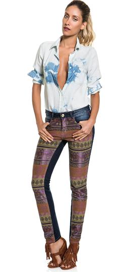 DENIM ALL DAY! Jeans com estampa étnica para dar uma cara nova para o seu jeans!