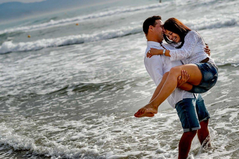 Fotos Preboda En La Playa Al Amanecer Fotos De Parejas En La Playa Fotos Sesion De Fotos