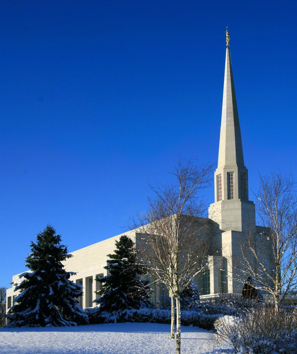 Preston England Temple Of The Church Of Jesus Christ Of