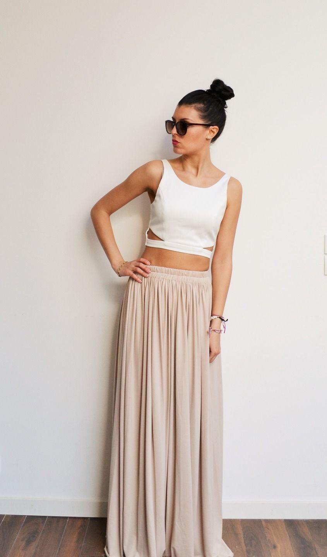 maxi jupe longue beige en jersey avec taille haute fluide et pliss e tendance hippie chic et. Black Bedroom Furniture Sets. Home Design Ideas