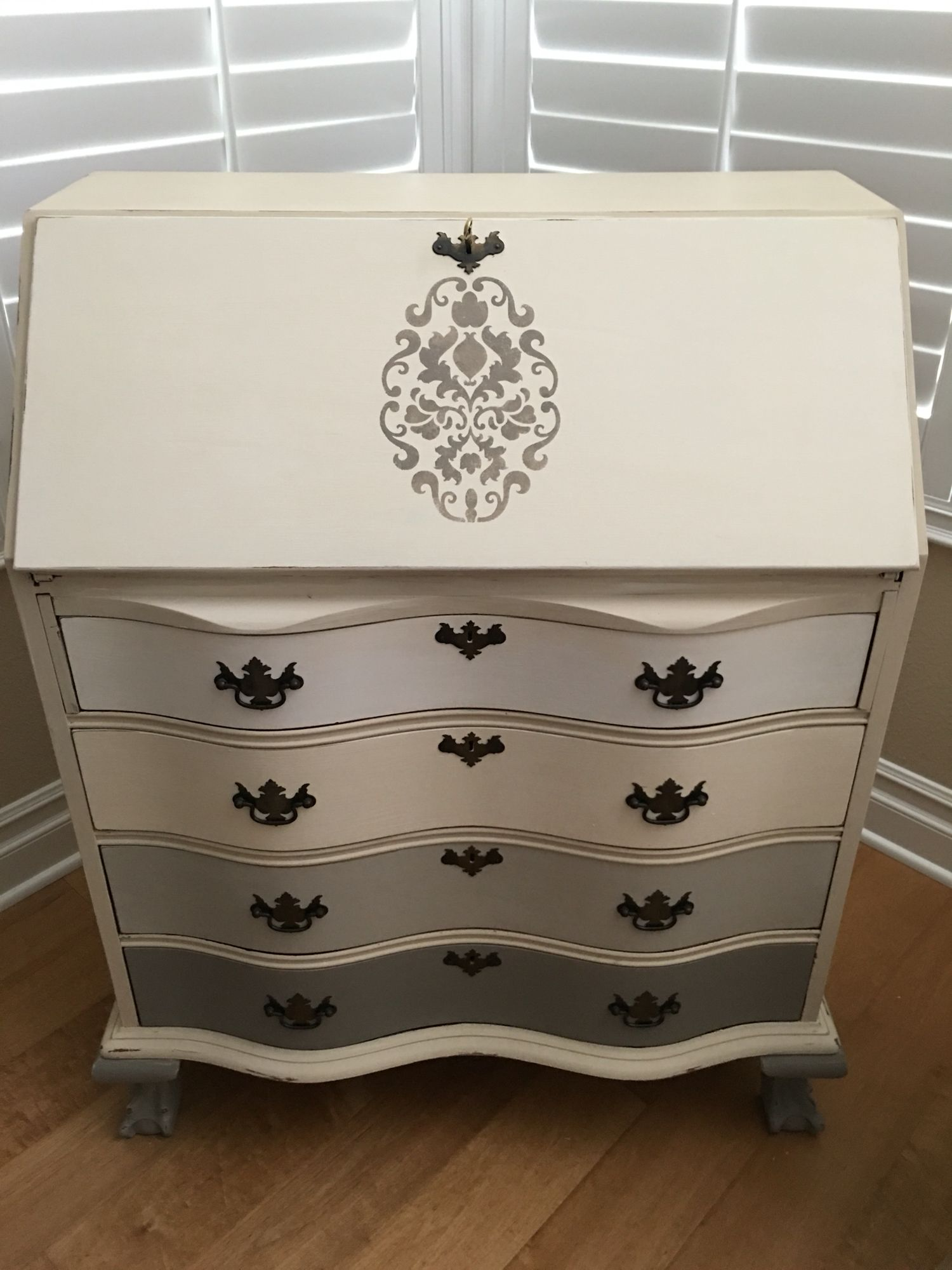 antique secretary desk painted with annie sloan chalk paint french linen 50 50 french linen. Black Bedroom Furniture Sets. Home Design Ideas