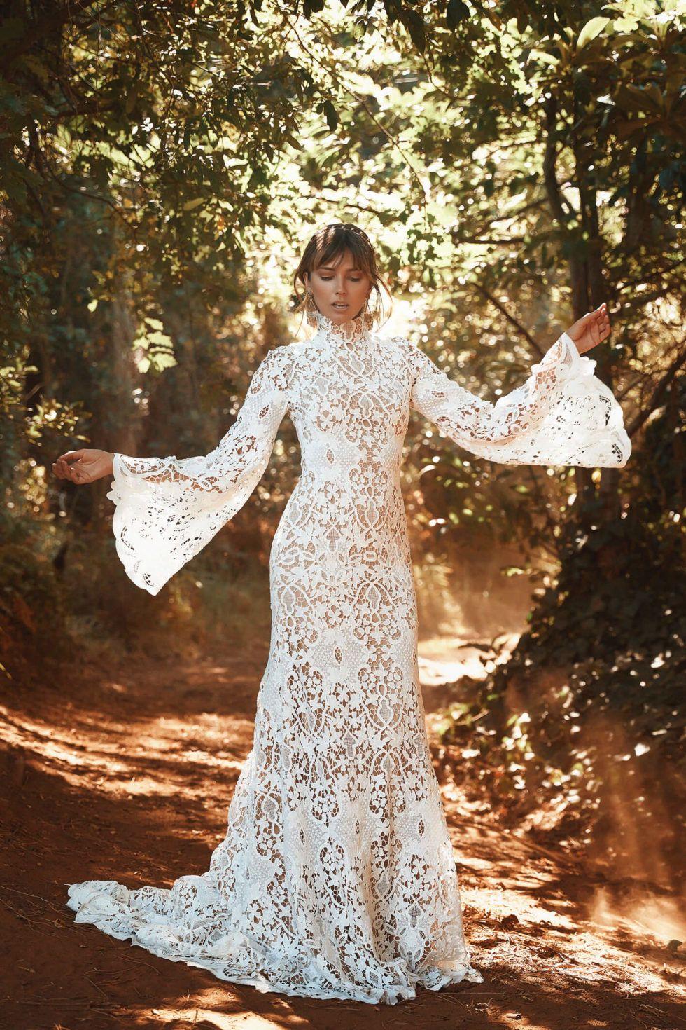 Vagabond Virginia Gown From The Liberty Collection Bridetobe Weddingdress Modest Wedding Dresses Plus Size Wedding Dresses With Sleeves Utah Wedding Dress [ 1470 x 980 Pixel ]
