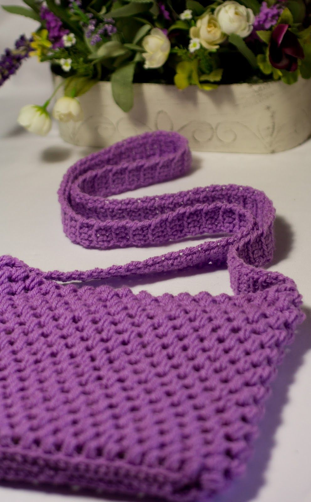 Out and About ~ Easy Tote Bag Crochet Pattern   Hopeful honey ...