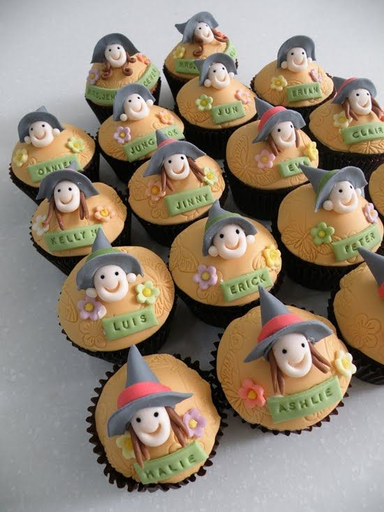 Scary Halloween Cupcakes 26 2012 labels cupcakes cupcakes - halloween decorated cakes