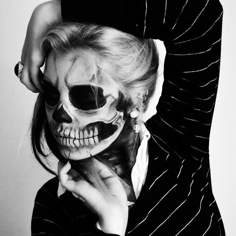 half skull halloween look - Skull Halloween Decorations
