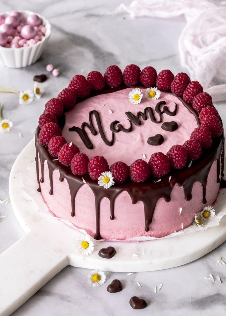 Rezept: Himbeer-Mousse-Kuchen mit Schokolade und Schriftzug zum Muttertag backen ...