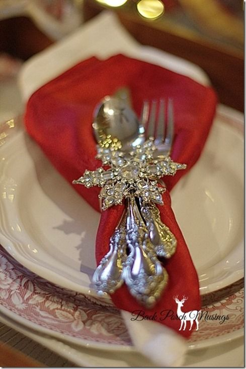 Silver snowflake napkin ring tablescape centerpiece place Christmas place setting ideas