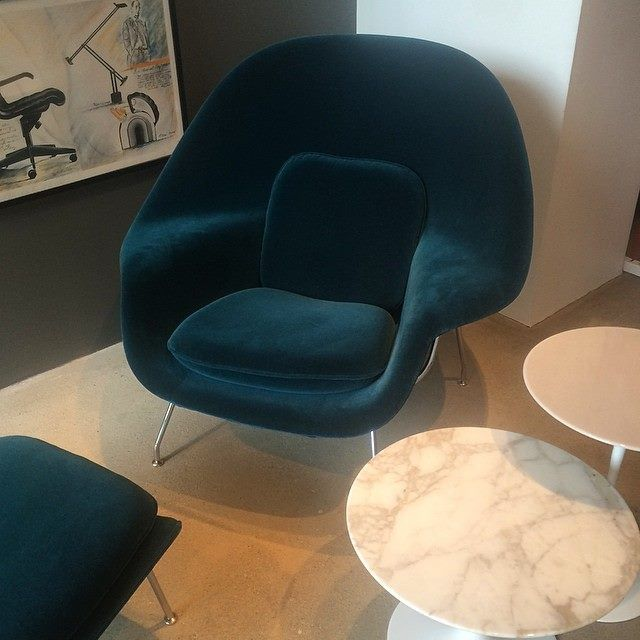 Knoll womb chair by eero saarinen knoll velvet teal living room pinterest womb chair - Vintage womb chair for sale ...