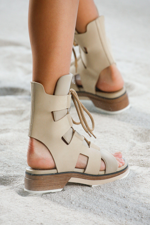 Spring 2019 Ready-to-Wear Fashion