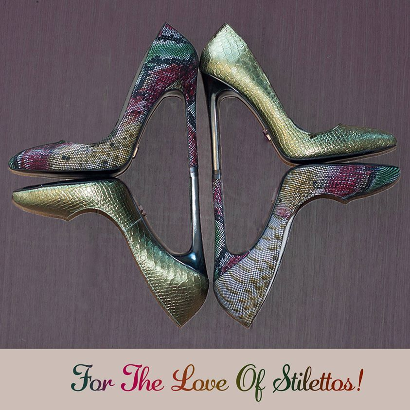 Yılan derisi baskılı %100 el yapımı stilettolarınızla adımlarınız hem şık hem rahat :)  Snakeskin print stilettos @Toppuk ..com <3 100% Handmade