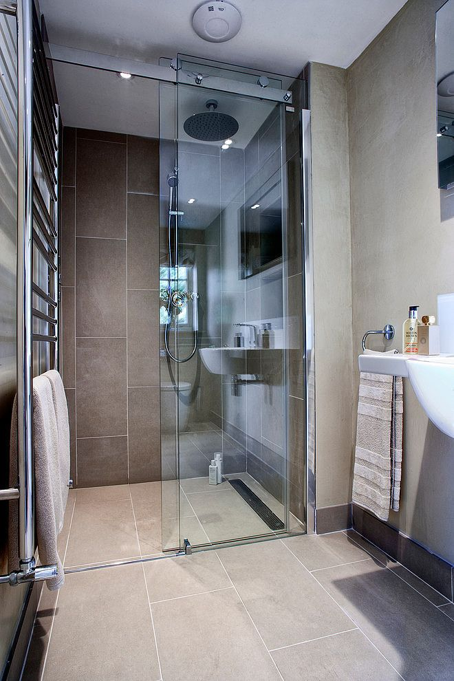Wand Und Bodenfliesen badezimmer mit bodenebener dusche bodenfliesen auch an der wand