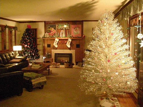9 Places To Find Aluminum Christmas Trees