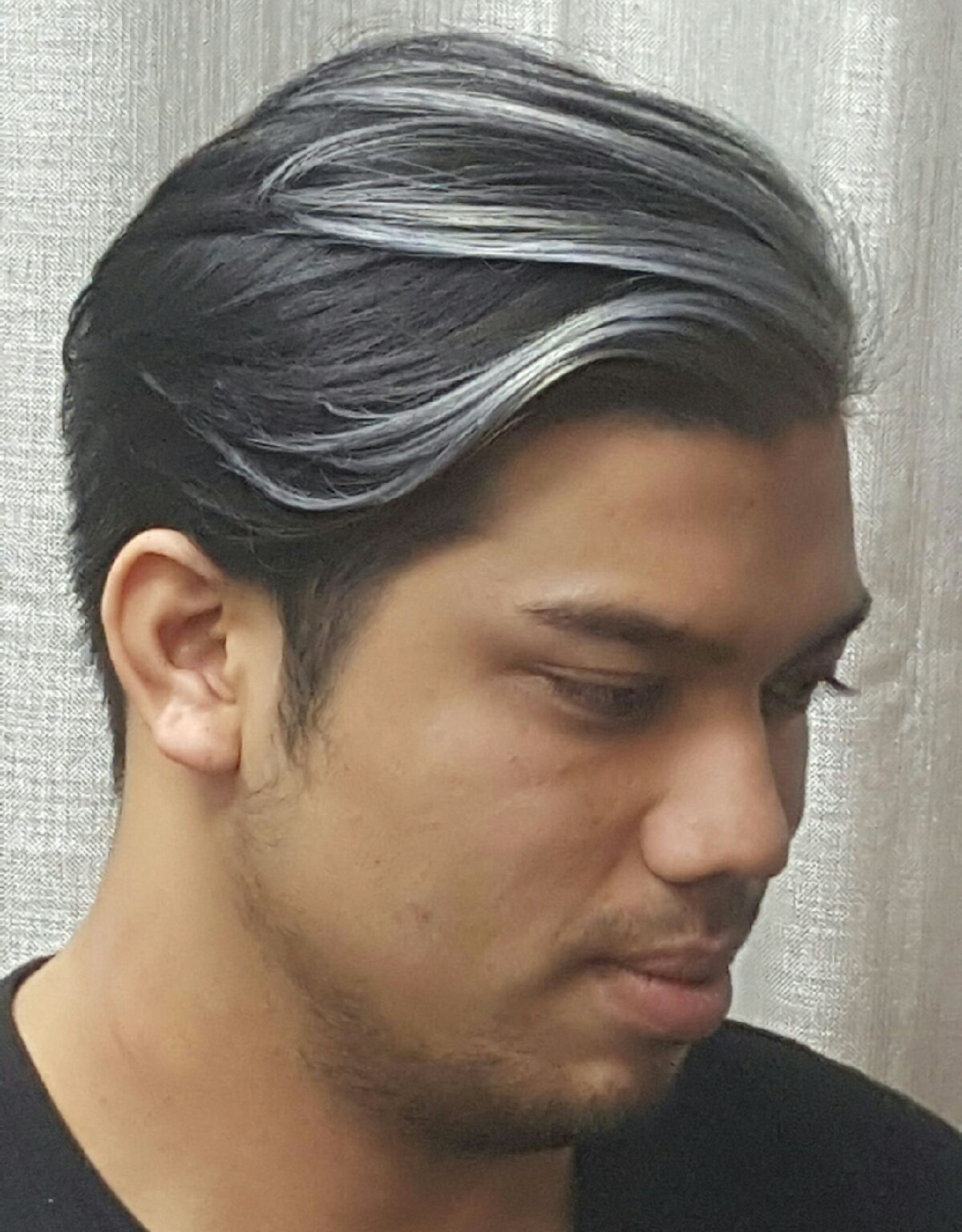 Asian Silver Ombre Mens Haircut Hair Styles Latest Trends Black Hair Silver Silver Hair Silver Hair Highlights Blonde Hair With Highlights
