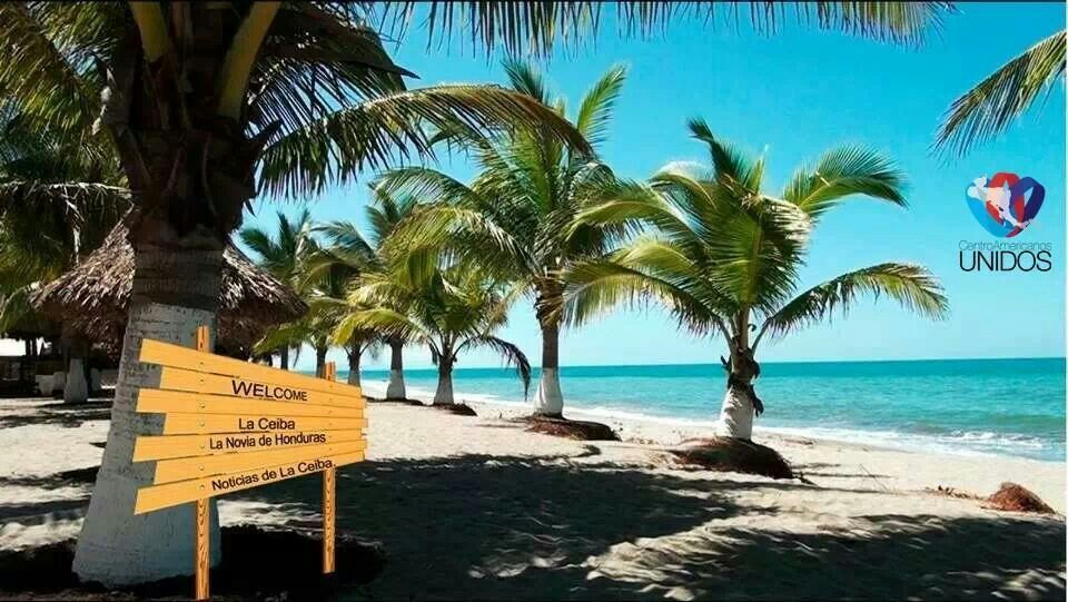 Playas de la Ciudad de la Ceiba, Atlantida, Honduras.