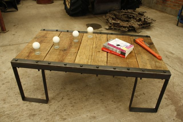 Mesa central crea tu propio estilo con un mueble nico - Muebles de metal ...