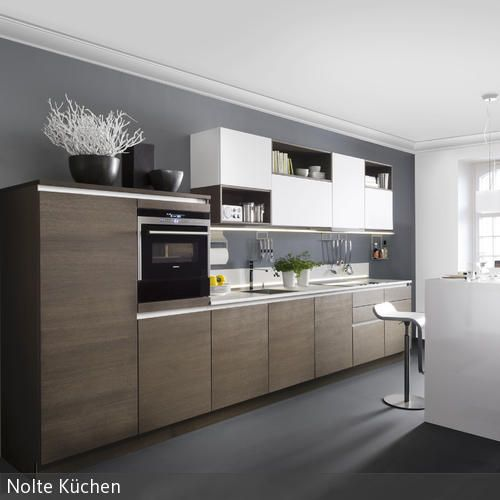 Moderne Küchenfront aus Eiche Color walls, Kitchens and Walls - küchenzeile hochglanz weiß