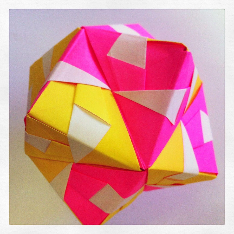 Octahedron 12 Sonobe Unit Modular Origami
