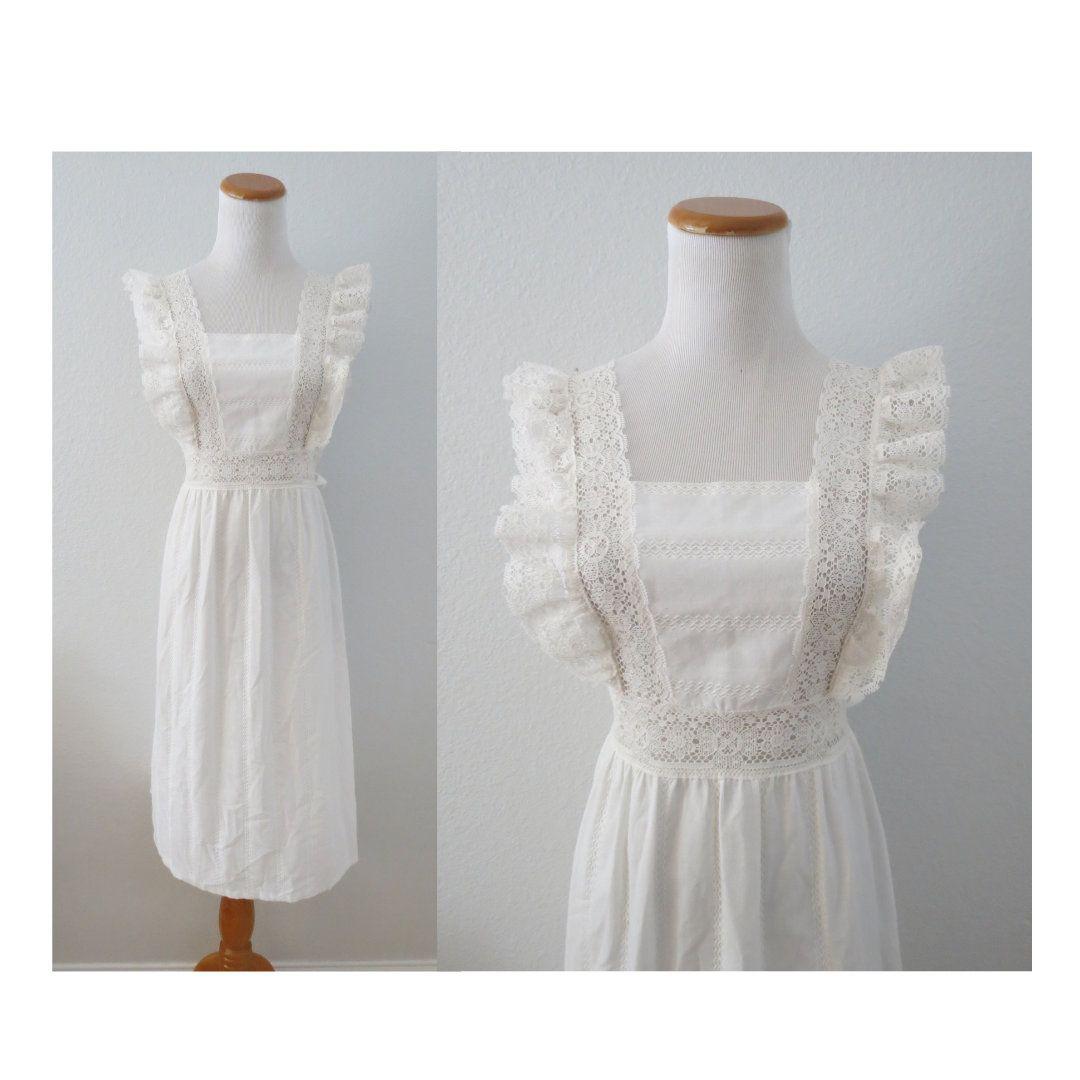 Flutter Sleeve Dress 70s White Lace Boho Sundress Etsy Flutter Sleeve Dress Boho Sundress 70s Dress [ 1080 x 1080 Pixel ]